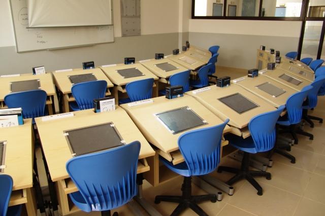 HighTech School16