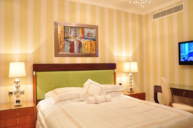 Private Apartment06
